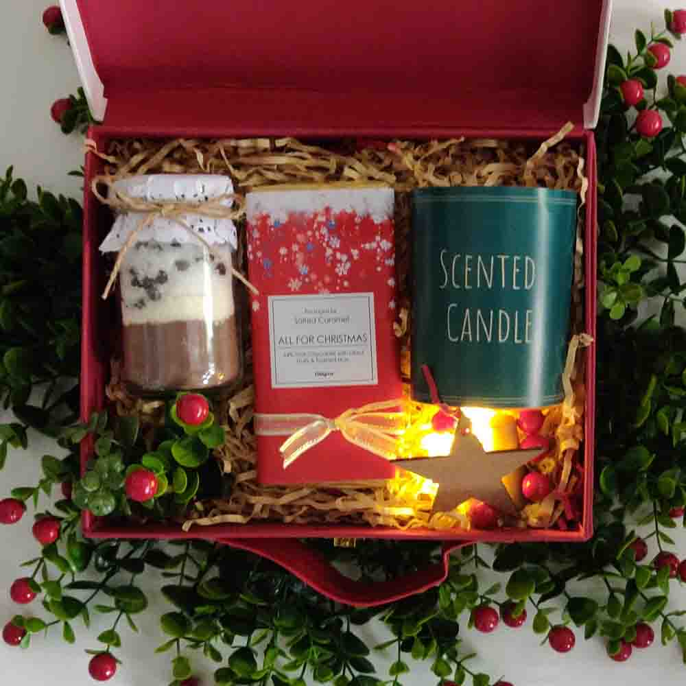 Christmas Hampers-Christmas In a Suitcase
