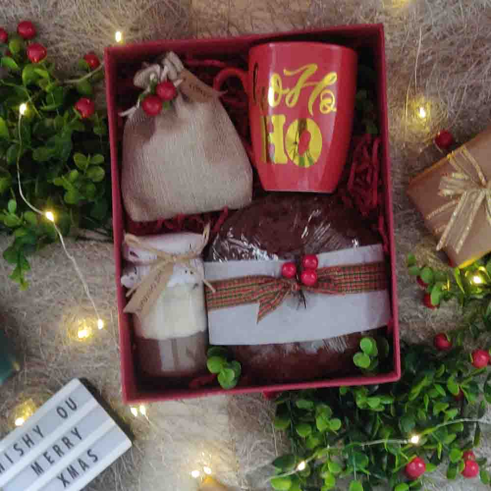 Warm Love Christmas Box