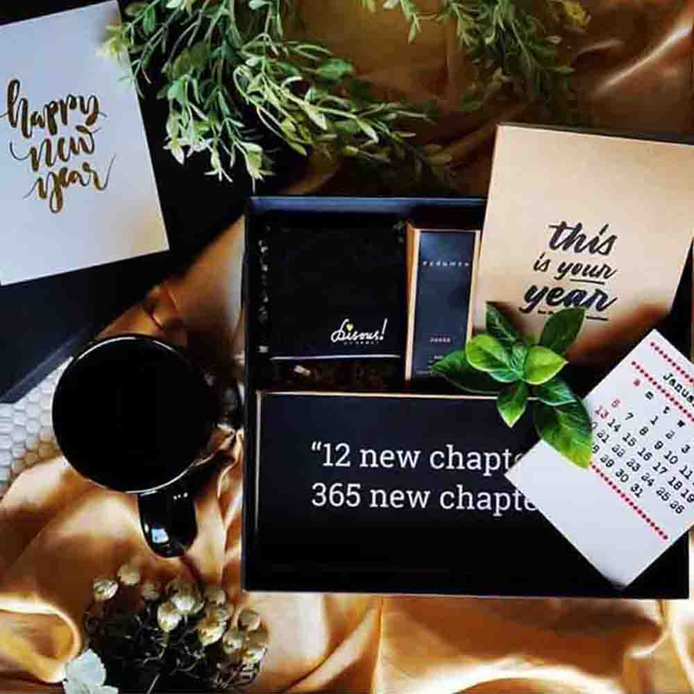 Christmas Hampers-New Chapter' New Year Box