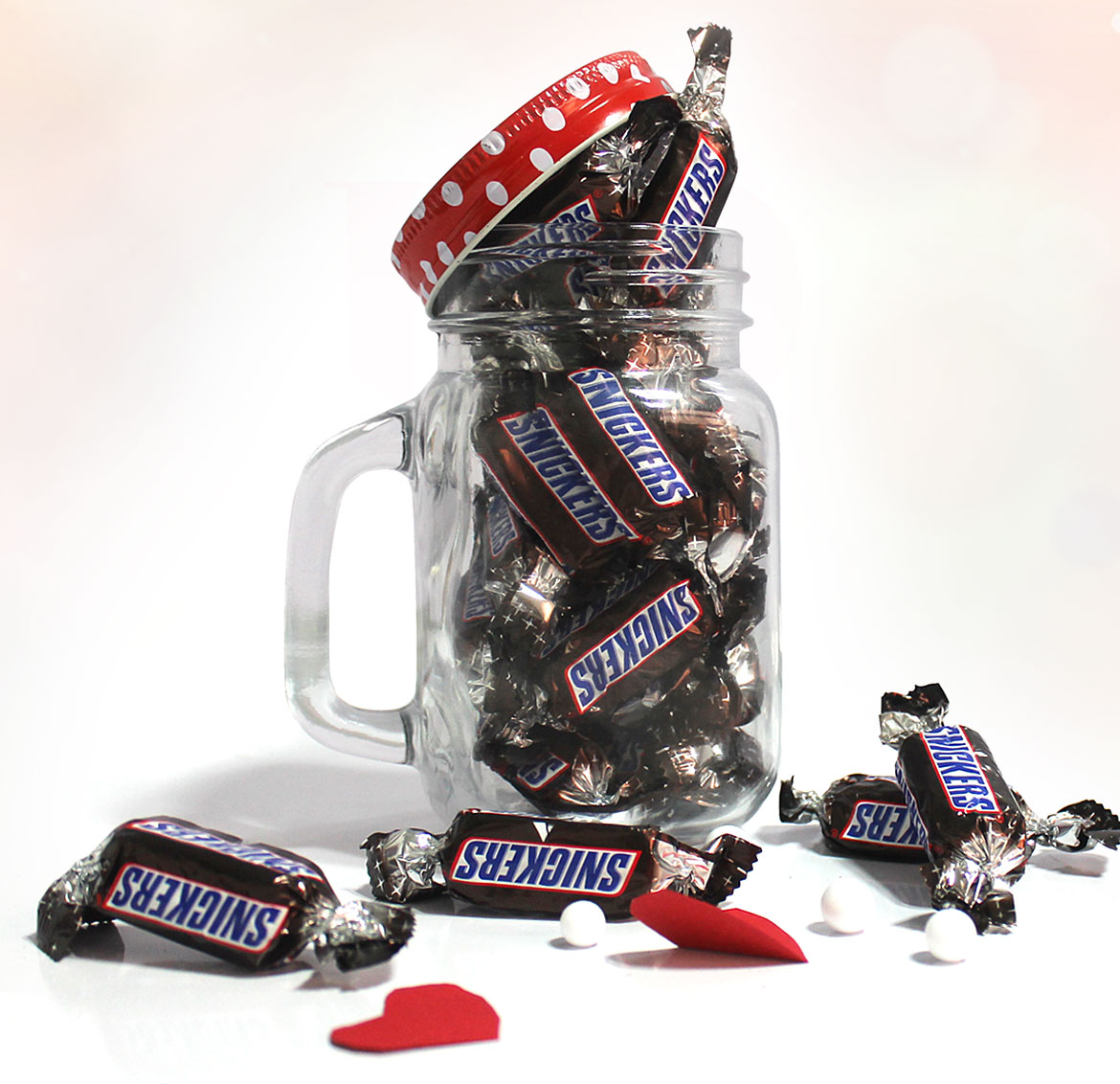 Shop for INR 2000 or above 